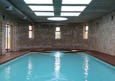 binnen-zwembad-3